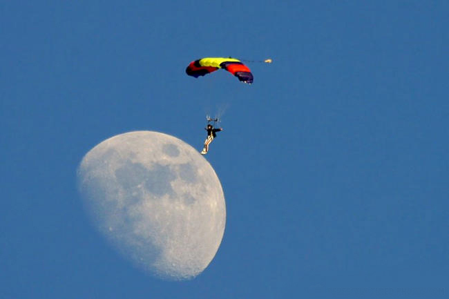 perfectly timed photos moon landing
