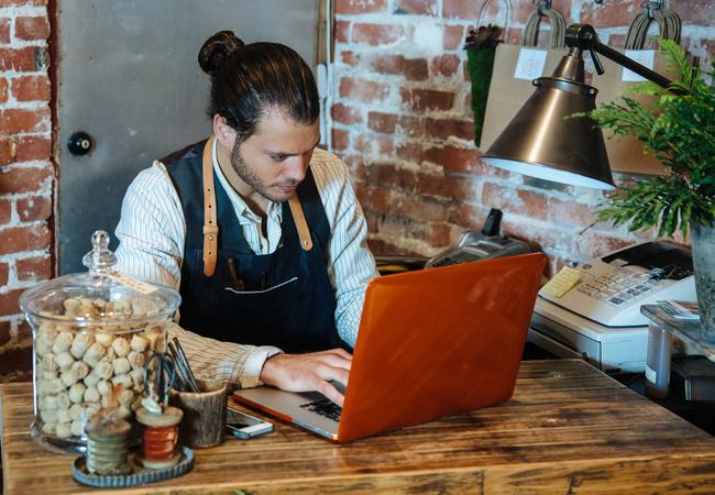 Establece una Presencia Online Efectiva